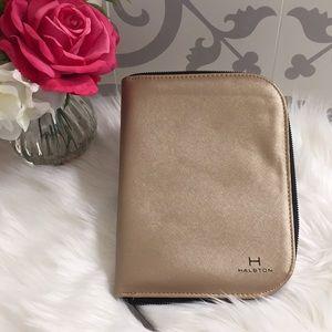 Halston travel jewelry case